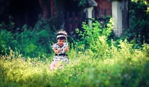 child-1592846_1920