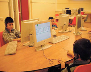 Kinderen-op-computers-300x239